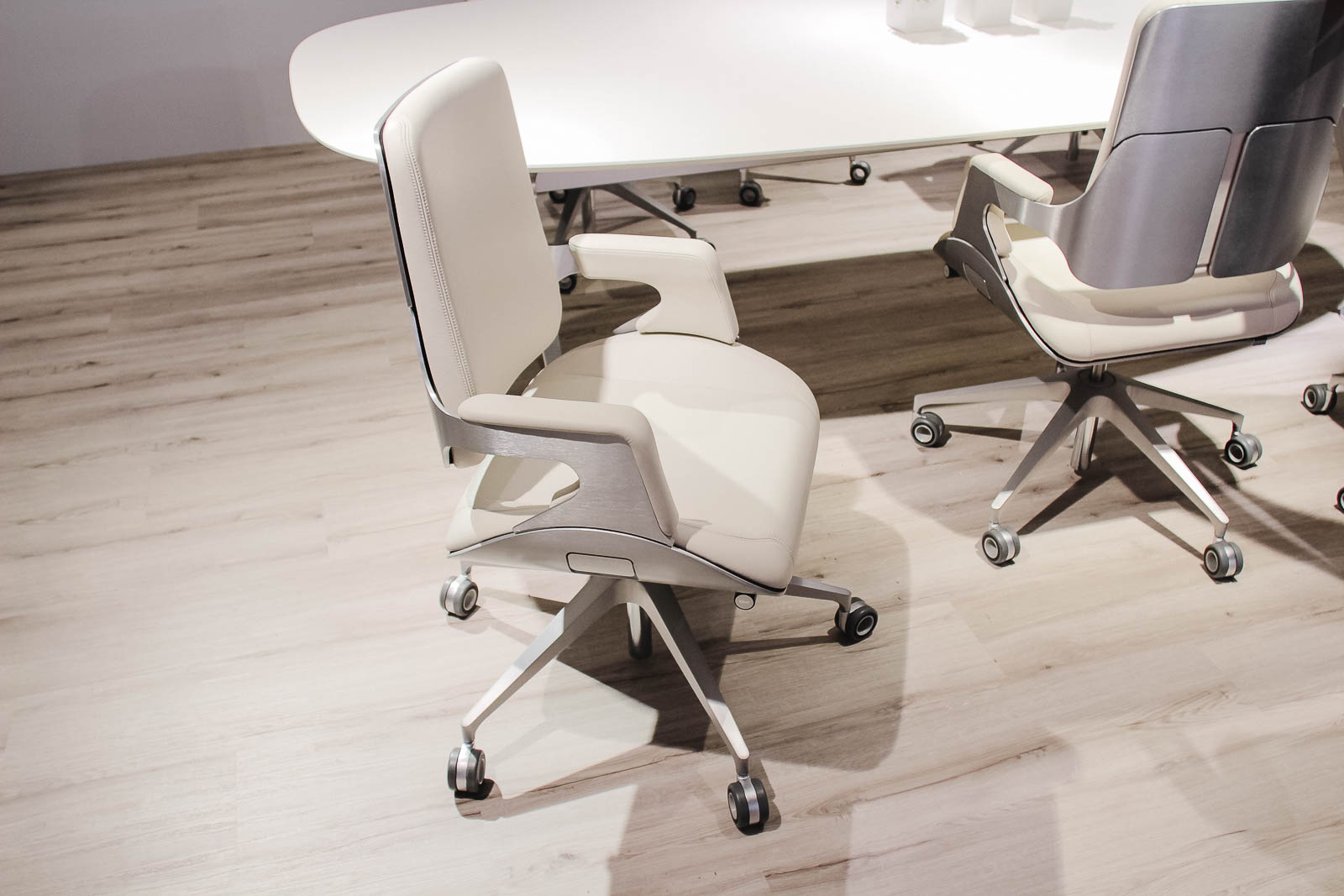 Offset the office chair against tax 3