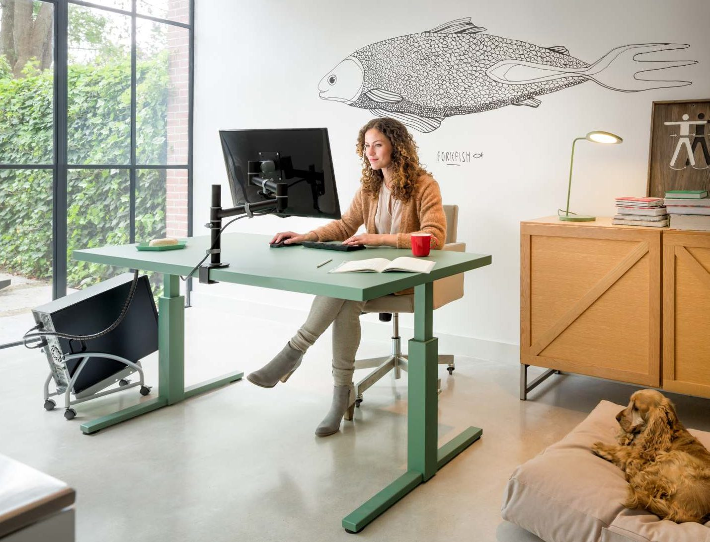 Monitor for the office: What to look for in a new monitor for work 4