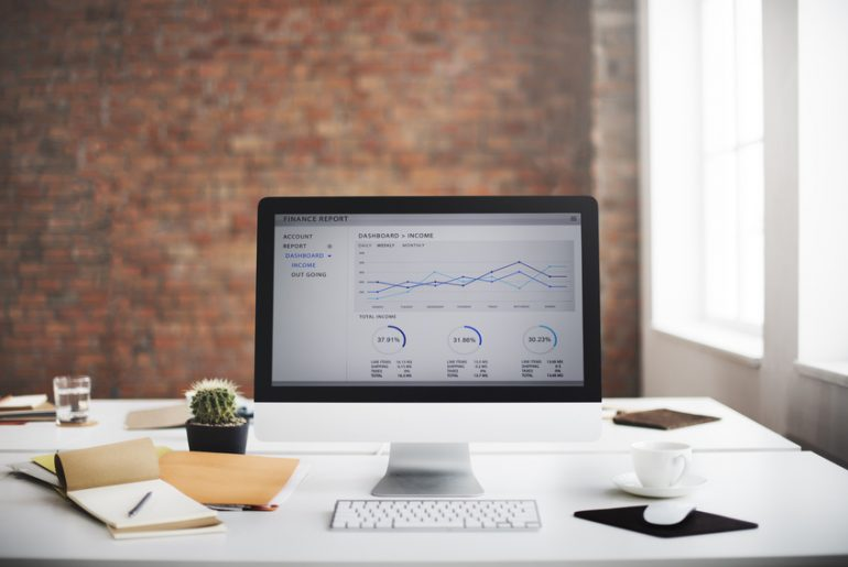 Organising the office desk: 10 tips on how to organise your workplace 1