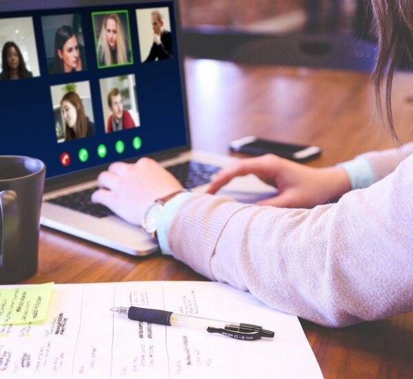 Webcam alternatives when working from home 4