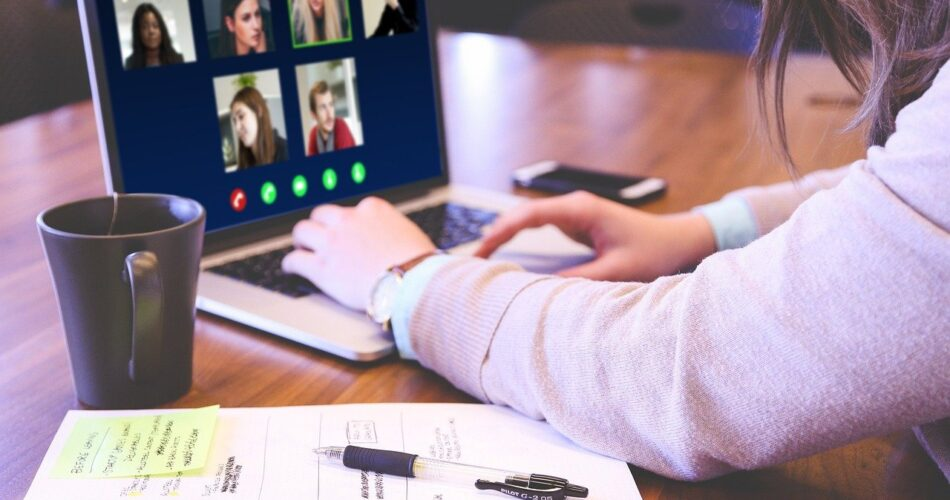 Webcam alternatives when working from home 1